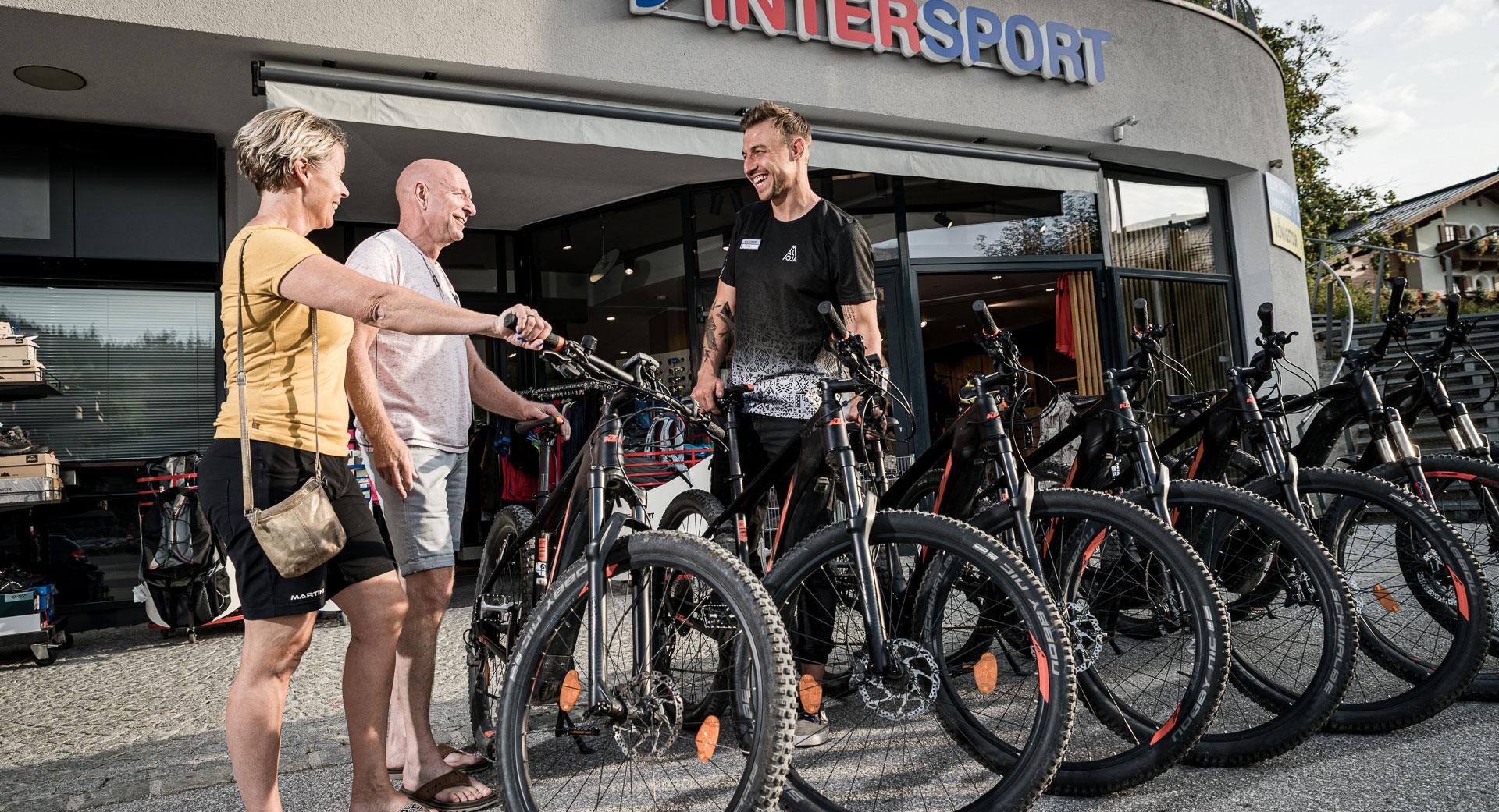 Mountainbike Beratung im Intersport Maria Alm